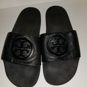 77186f575c7d Tory Burch Shoes - Tory burch lina leather slide pool sandals size 9